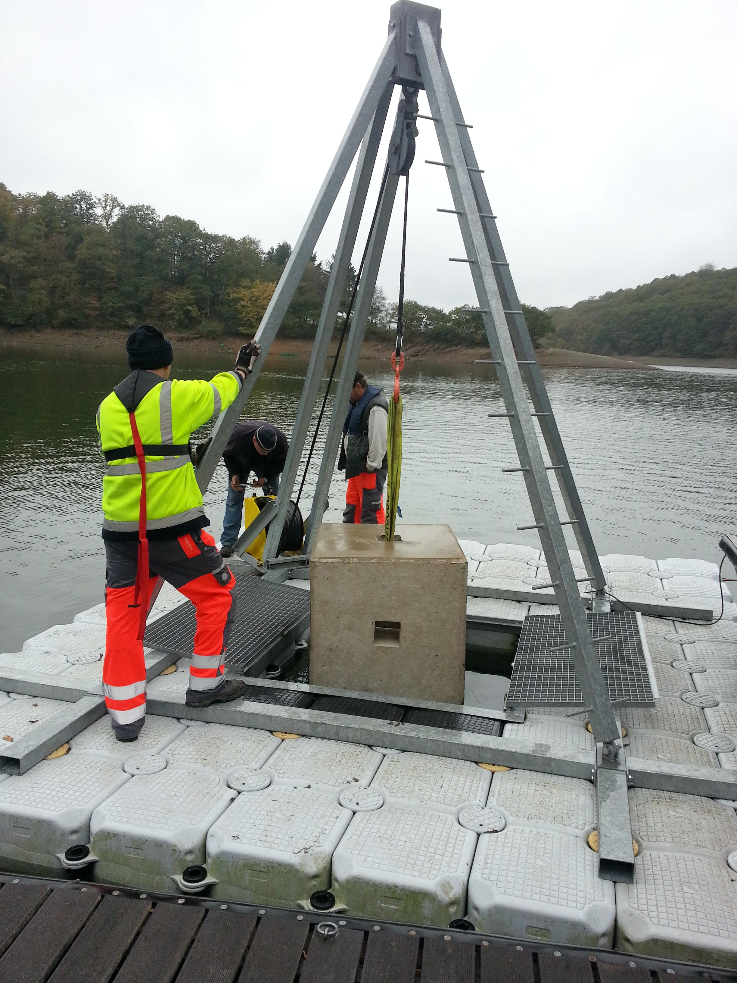 Schwertransport-ponton in EUROPONTON GmbH –  Die Ponton-Profis